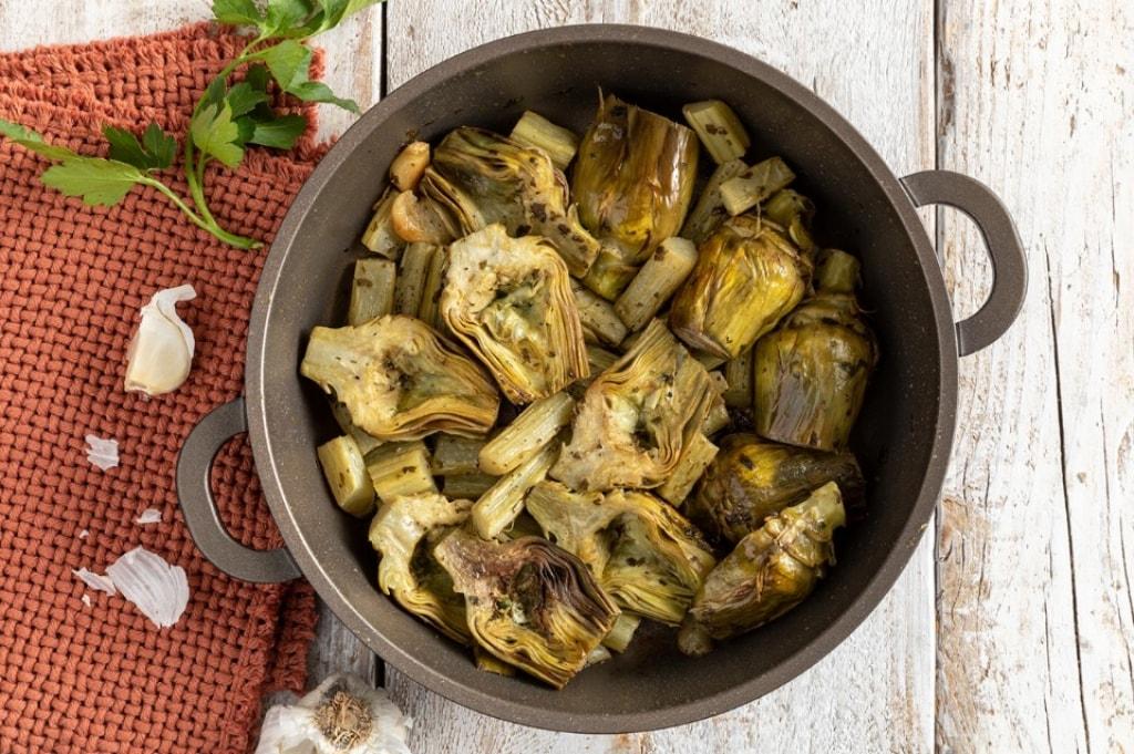 Ricetta carciofi in padella cucchiaio d 39 argento for Ricette con carciofi