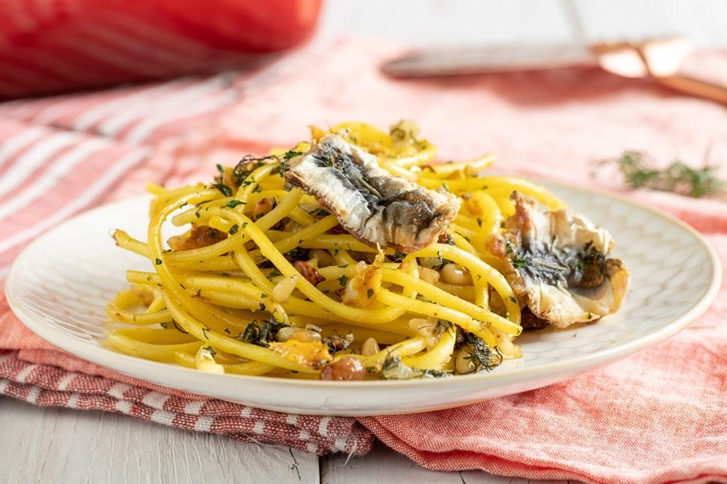 Ricetta pasta con le sarde cucchiaio d 39 argento for Ricette veloci pasta