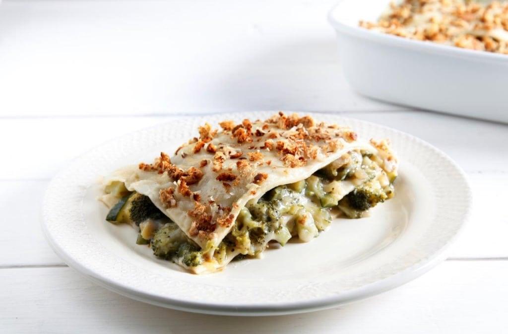 Ricetta lasagne bianche e verdi vegetariane cucchiaio d for Ricette vegetariane