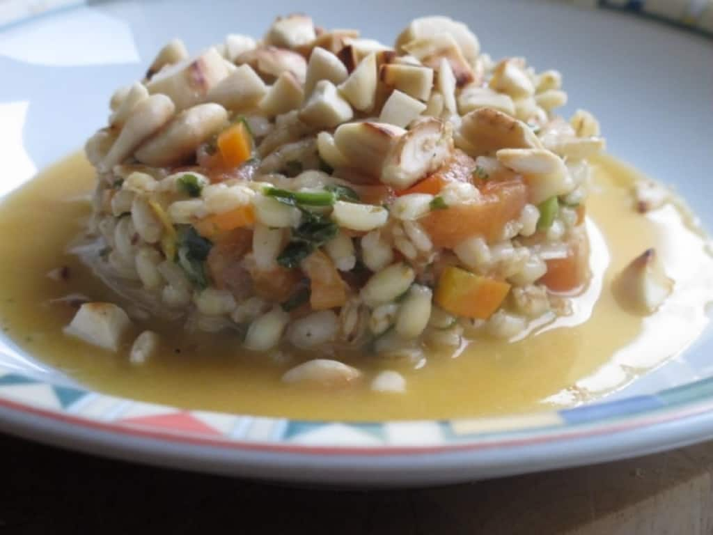 Ricette Orzo Vegetariano.Ricetta Orzotto Vegetariano Con Le Mandorle Cucchiaio D Argento
