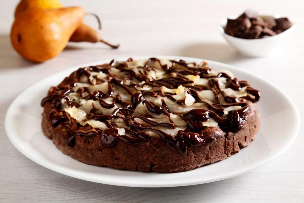 Ricetta torta al cioccolato frutta secca e pere for Cucina ricette dolci