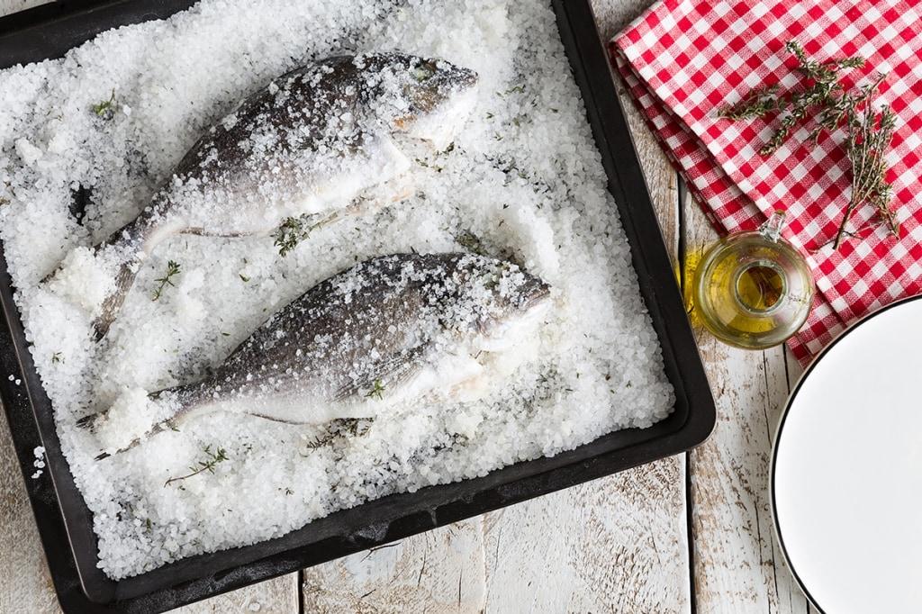 Ricette Pesce Orata Al Forno Sotto Sale.Ricetta Orata Al Sale Cucchiaio D Argento