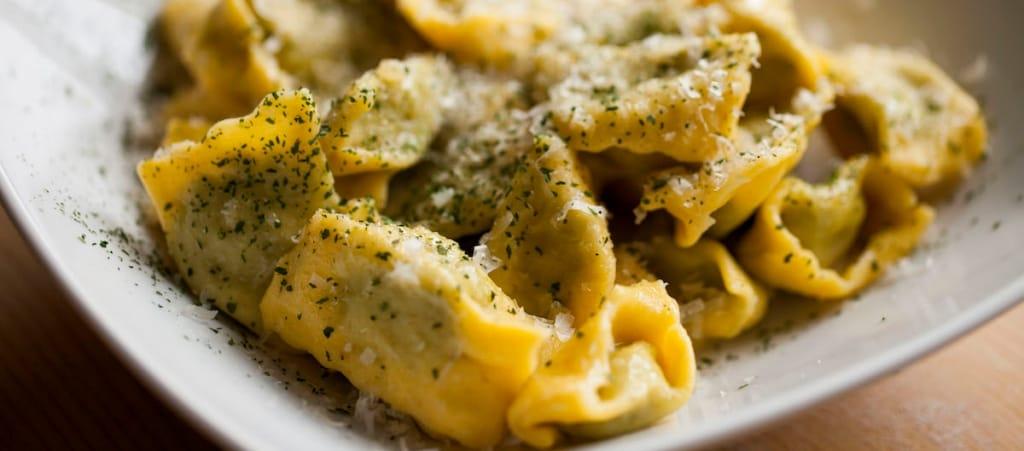 Ricetta ravioli del plin con ricotta e spinaci cucchiaio for Ricette piemontesi
