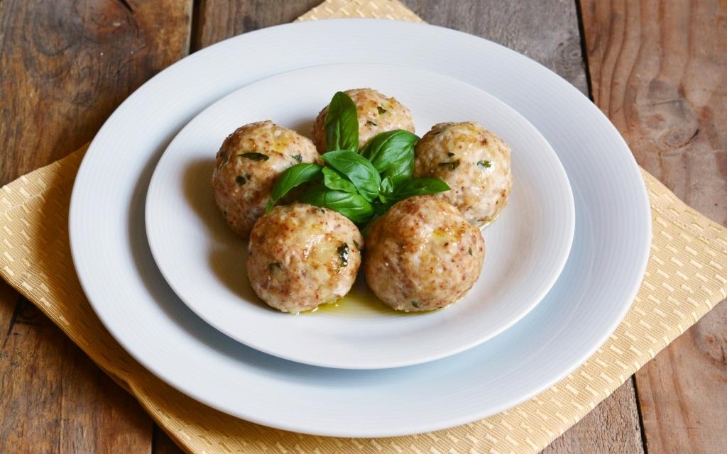 Ricetta polpette al basilico cucchiaio d 39 argento - Forno a vapore ricette ...