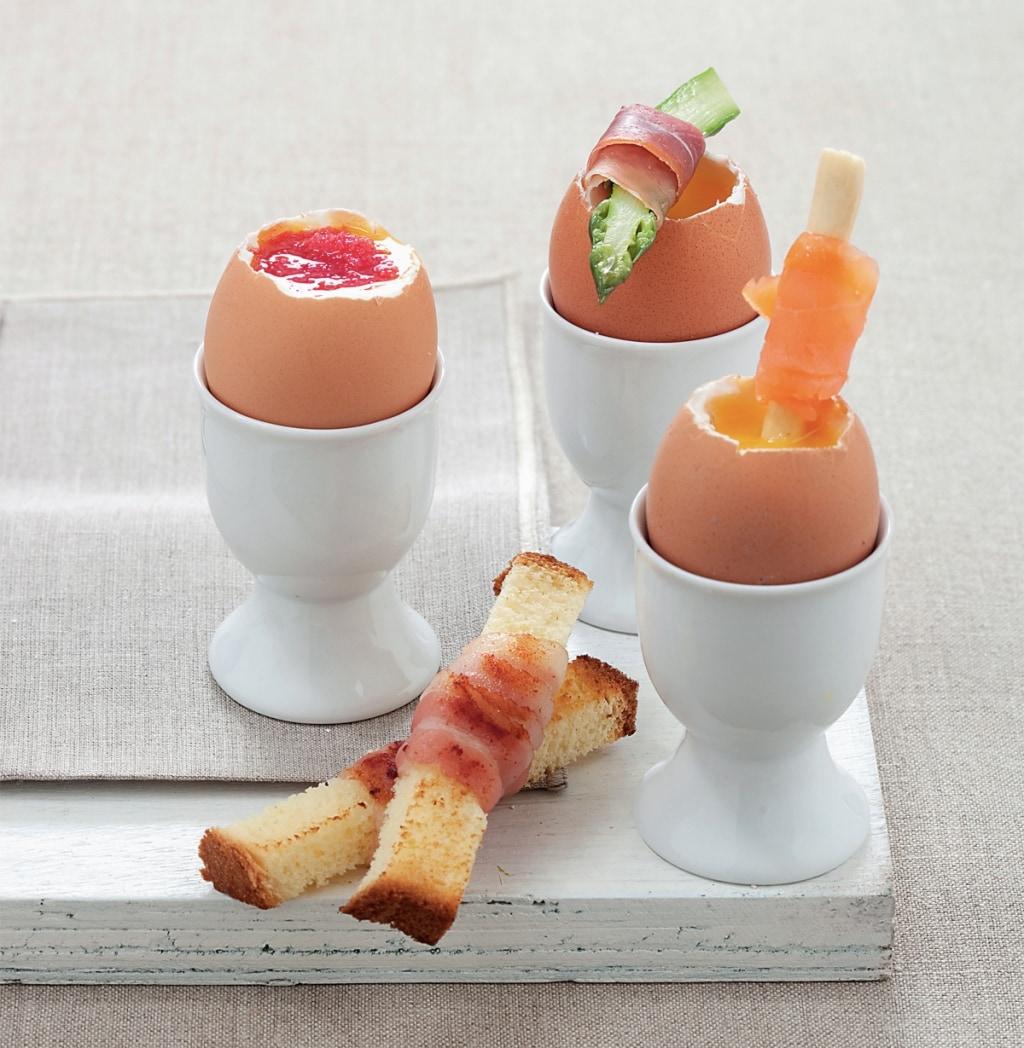 Ricetta uova alla coque guarnite cucchiaio d 39 argento for Cucinare 5 minuti