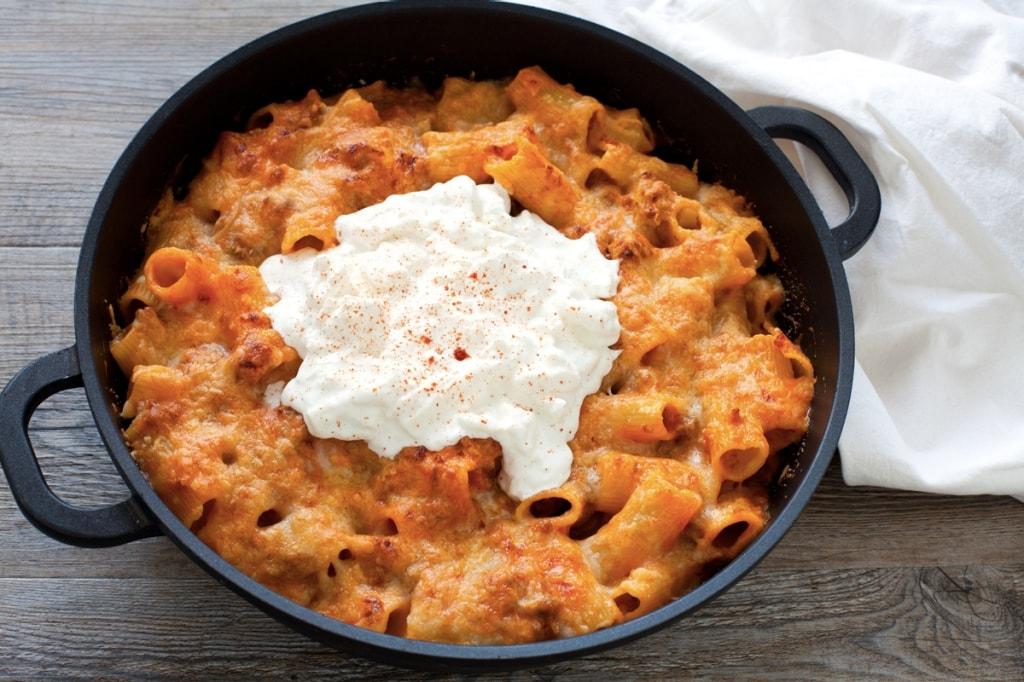 Ricetta pasta al forno con rag di salsiccia e burrata cucchiaio d 39 argento - Ricette con forno a vapore ...