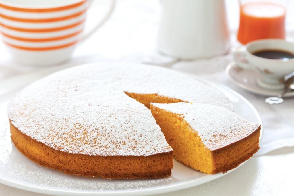 Yogurt With Cake