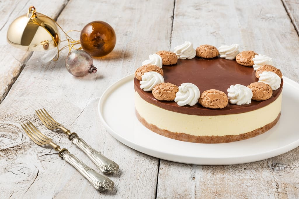 Ricetta Cheesecake Senza Cottura Con Amaretti E Cioccolato