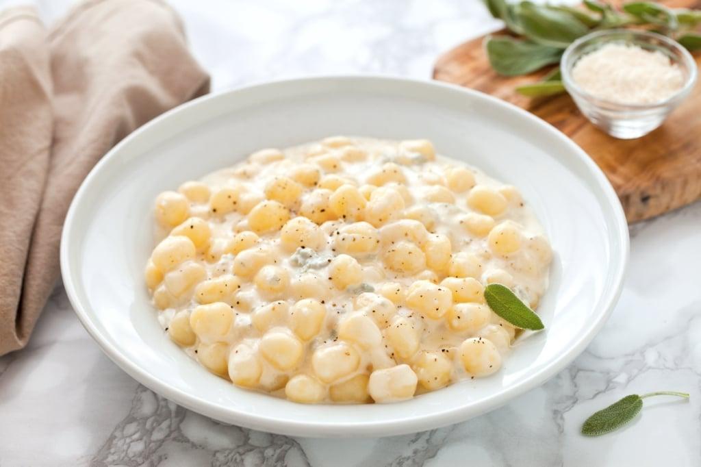 Ricetta Sugo Bianco Per Gnocchi.Ricetta Gnocchi Al Gorgonzola Cucchiaio D Argento