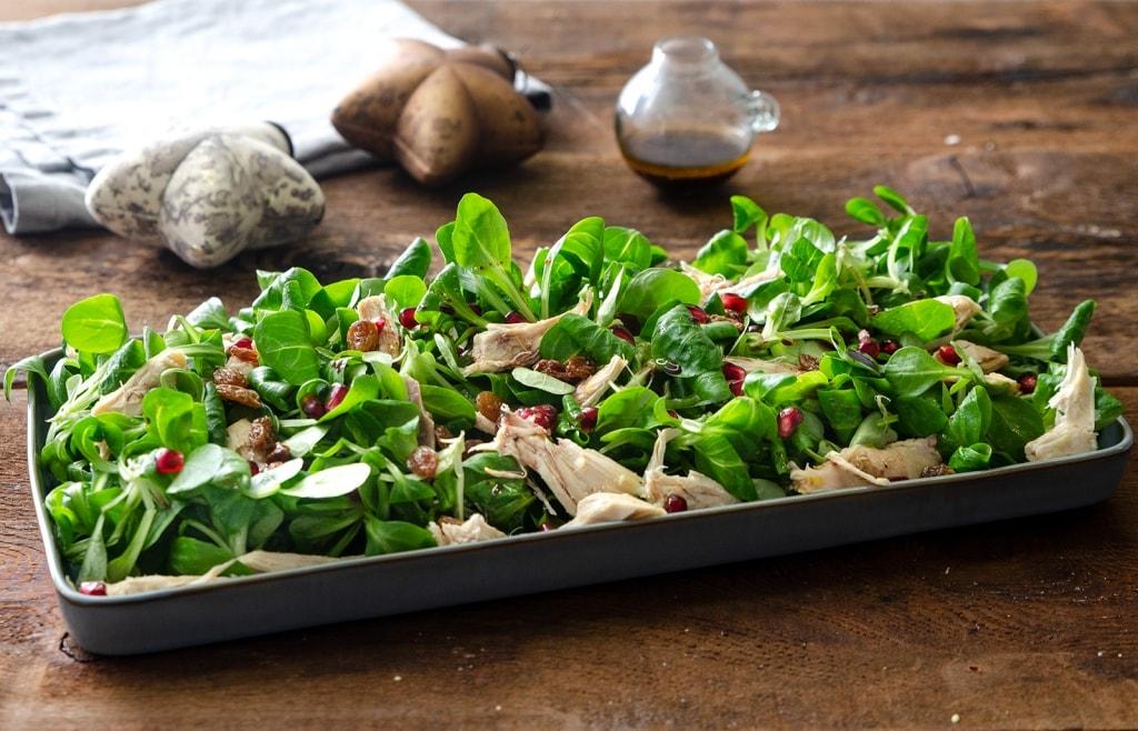 Ricetta insalata di natale di cappone e melagrana for Cappone ricette cucina italiana