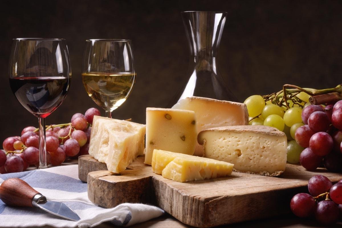 Abbinamenti cibo e vino: regole, consigli e qualche dritta pratica