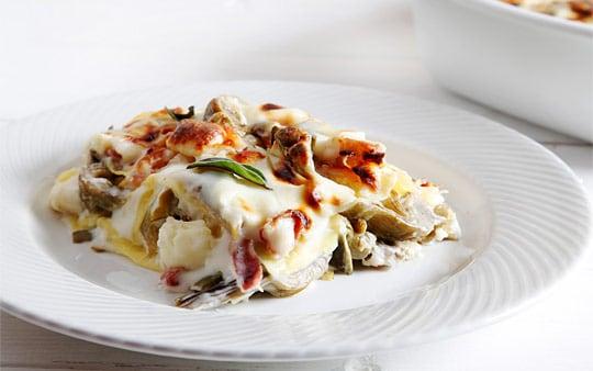 Lasagne ai carciofi, taleggio e pancetta